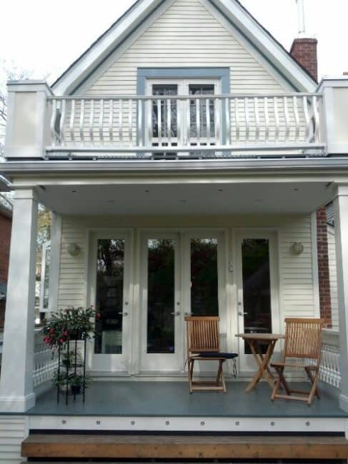 painting exterior siding